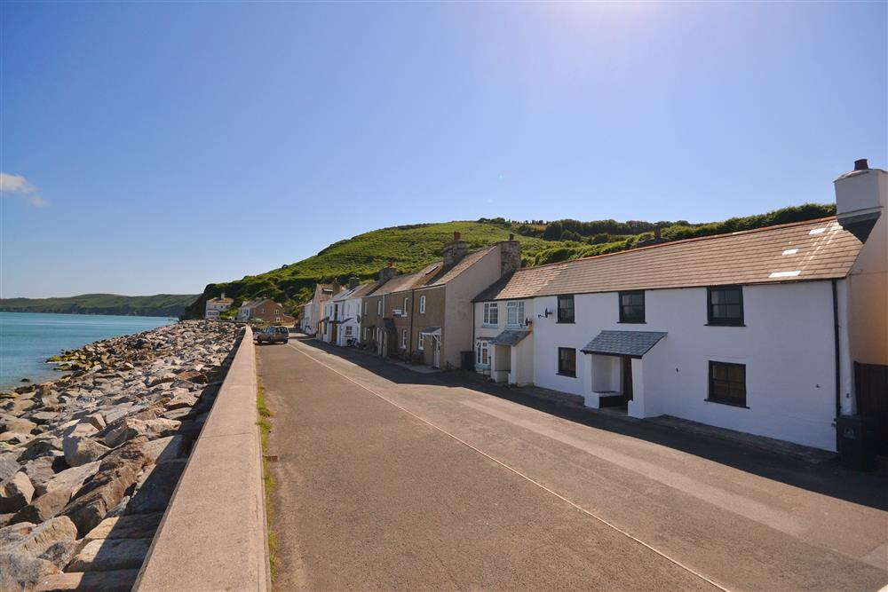 14 Beesands Beesands Toad Hall Cottages