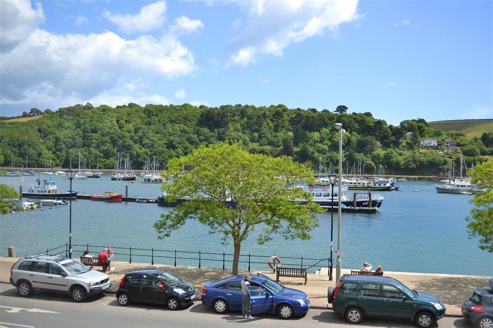 6 Mayflower Court Dartmouth Toad Hall Cottages