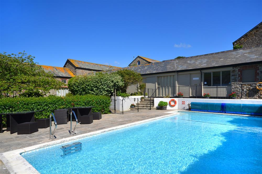 Dog Friendly Cottages With Swimming Pool Luxury Baby